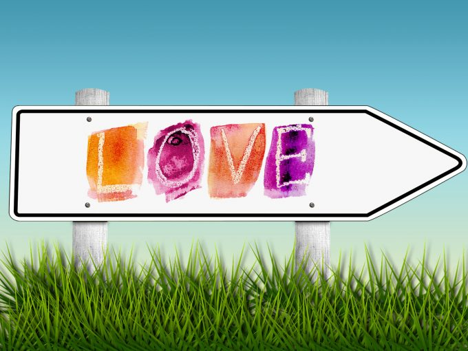 Love Direction Sign PPT Backgrounds